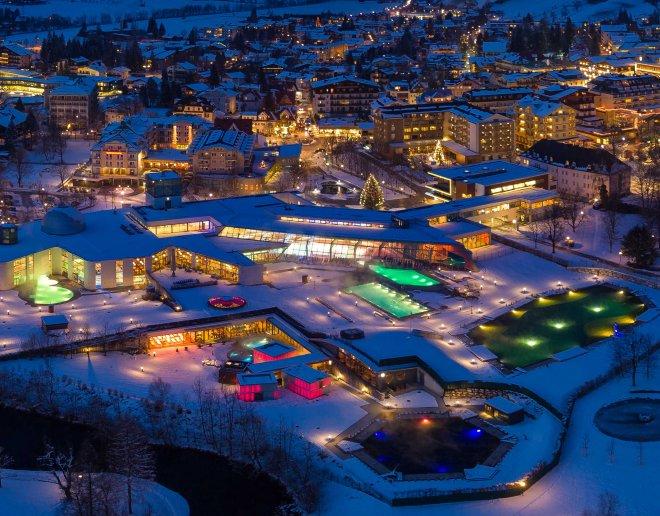 Bad-Hofgastein-Zentrum-bei-Nacht-hotels-buchen