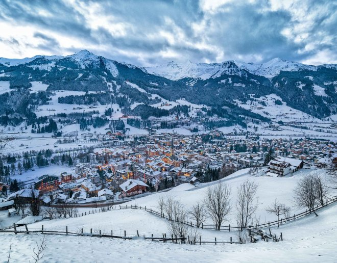 bad-hof-gastein-im-winter-region